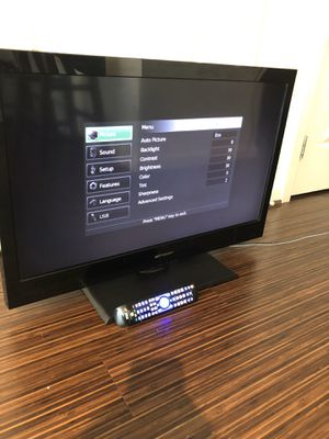 Emerson HDTV 32 inches - with universal remote for Sale in Washington, DC