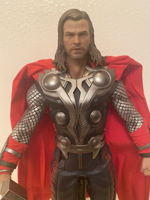 The Avengers Thor Hot Toys Disney figure for Sale in Las Vegas, NV