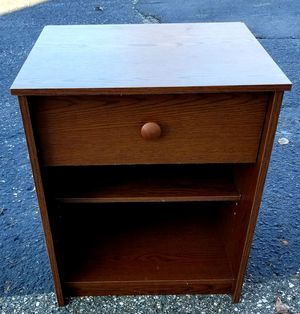 Brown side table with drawer and shelf for Sale in Middleville, MI