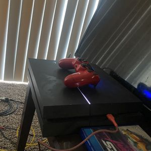 Sony PS4 And Tv for Sale in Fresno, CA
