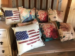 Outdoor patio pillows for Sale in Vancouver, WA
