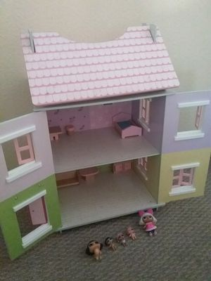 Dollhouse with Lol Surprise for Sale in Fontana, CA