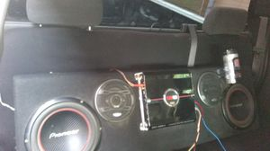 Complete system Silverado single cab $190 cash or trade for iPhone for Sale in Dinuba, CA
