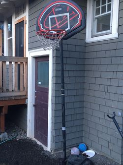 Adjustable Youth Basketball Hoop for Sale in Portland,  OR