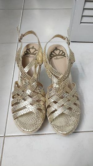 Gold sandals by Fergalicious for Sale in Miami, FL