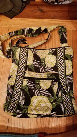Vera Bradley Messenger Bag for Sale in MENTOR ON THE,  OH
