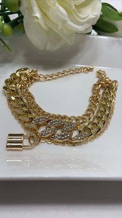 European Style Multilayer Pendant Crystal Chunky Chian Bracelet, Gold Color for Sale in Los Angeles,  CA