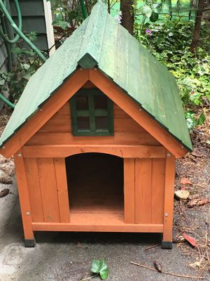 Really nice dog house for Sale in Seattle, WA