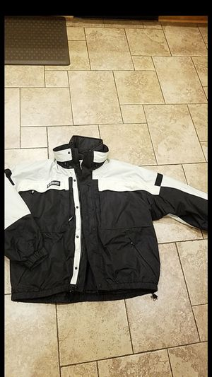MENS COLUMBIA JACKET. REMOVABLE LINER. SIZE XL. LIKE NEW CONDITION. OBO for Sale in Upland, CA