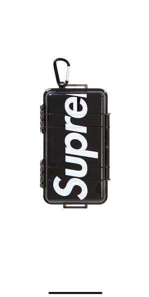 Supreme pelican 1060 smoke case new!!! for Sale in Doral, FL