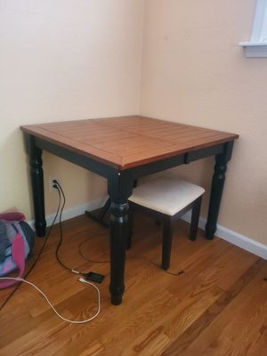 Kitchen table for Sale in Concord, CA