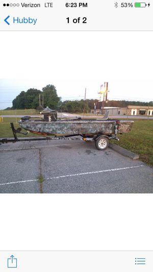 14ft Fiberglass flat bottom fishing boat 35lb foot trolling motor with tilt trailer for Sale for sale  Stockbridge, GA