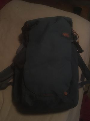 REI hiking backpack for Sale in Crowley, TX
