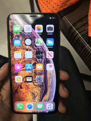 Iphone Xs max 256 GB unlocked for Sale in Los Angeles, CA