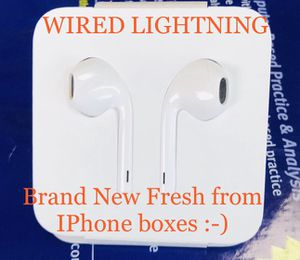 Brand NEW Apple Lightning Earbuds White iPhone iPad iPod Macbook WIRED for Sale in Bensalem, PA