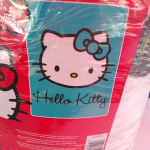 Hello Kitty 60x80 Plush Blanket for Sale in Riverside, CA