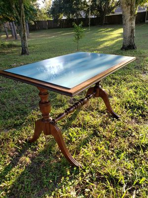 Antique Lion paw table. for Sale in Oviedo, FL