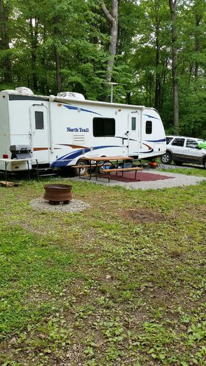 2011 heartland northtrail 28brs for Sale in Bethlehem, PA