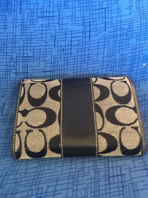 Coach authentic wallet for Sale in Framingham, MA