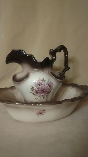 Antique Brown and white pitcher and water basin for Sale in MN, US