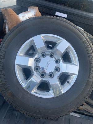 Stock GMC Chrome Rims 8 Lugs for Sale in Charlotte, NC