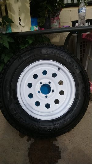 1 New trailer tire ST205 /75D15 for Sale in Wildomar, CA