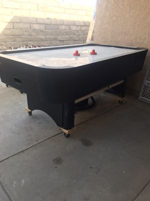 Air Hockey Table 7ft. X 4ft. for Sale in Huntington Beach, CA