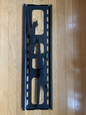 TV wall mount - VonHaus by Designer Habitat PREMIUM TV Wall Mount for 33 - 60 inch for Sale in Hopkinton, MA