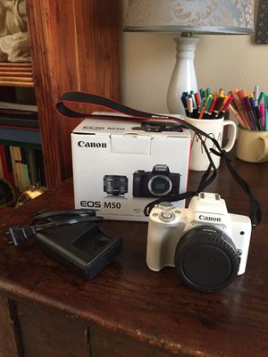Canon M50 mirrorless camera white for Sale in Orlando, FL