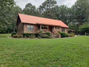 Beautiful log home for sale for Sale in White, GA
