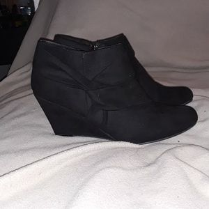 Womens boots for Sale in Southington, CT