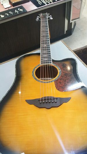 Keith Urban Guitar Excellent for Sale in Atlanta, GA