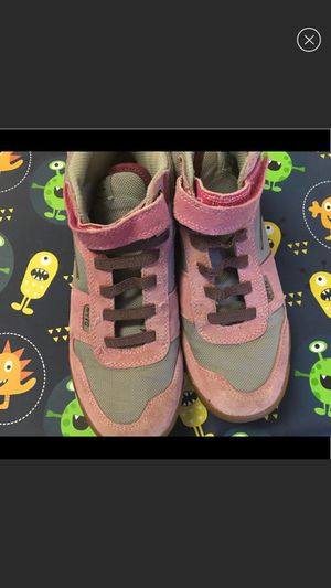 Girls boots size 4.5 for Sale in North Bethesda, MD