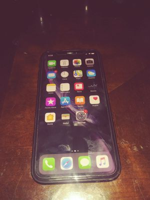 Black 64gb unlocked IPhone XR for Sale in Jacksonville, FL