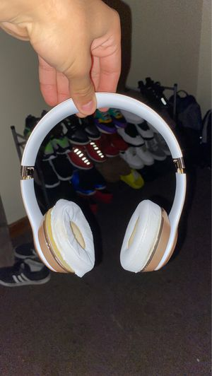Beats solo 3 for Sale in Stratford, CT