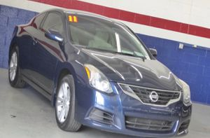 2011 Nissan Altima coupe 2.5s for Sale in Las Vegas, NV