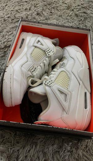 Jordan 4s pure money size 9 for Sale in Fresno, CA