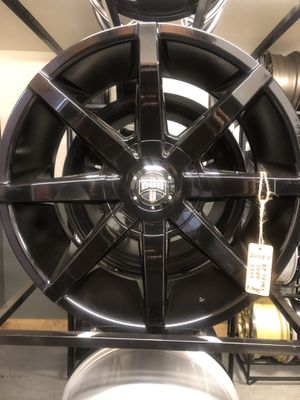 BRAND NEW Gloss Black 20 inch Dub rims for only $1000!!! for Sale in Lakewood, WA