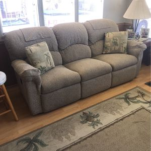 5 Piece Living Room Set ( FREE ) for Sale in Sanibel, FL