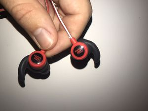 JBL Reflect mini Bluetooth Wireless earbuds for Sale in Worthington, OH
