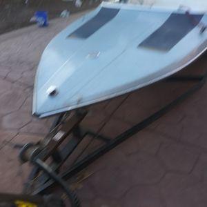 Glastron Fishing Ski Boat 500.00 for Sale in Vallejo, CA