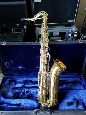King Cleveland 615 Tenor Saxophone with Case for Sale in Henderson, NV