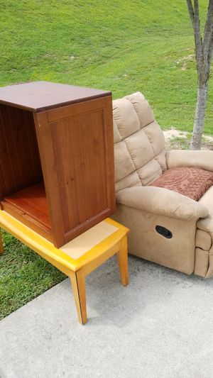 recliner, coffee table, small book shelf for Sale in Raleigh, NC