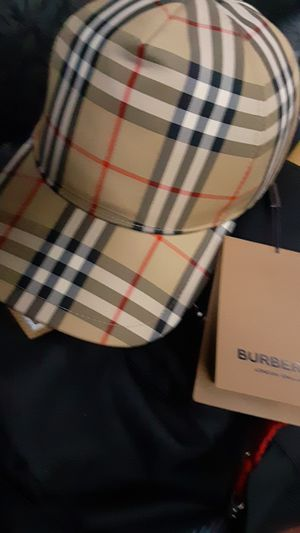 brand new authentic burberry adjustable hat size medium msrp 320.00$ asking 220$ obo for Sale in Seattle, WA