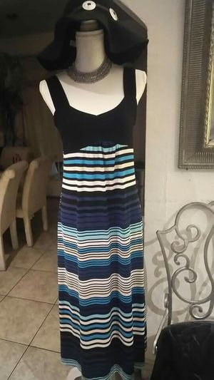 MAXI DRESS SMALL ADULT SZ for Sale in Riverside, CA