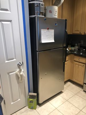 Refrigerator GE, microwave GE, dishwasher GE, gas stove GE, used , good condition, all of 350$ for Sale in Alexandria, VA