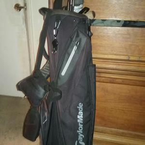 TaylorMade golf set with bag for Sale in Santa Monica, CA