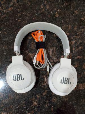 JBL bluetooth headphones for Sale in Manteca, CA