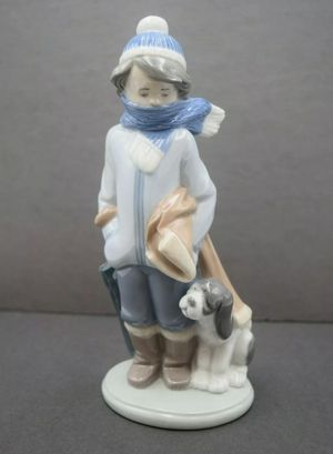 + LLADRO #5220 WINTER BOY WITH DOG, PORCELAIN FIGURINE + MADE IN SPAIN + for Sale in West Covina, CA