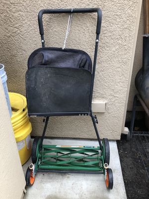 Manuel lawn mower. Like new for Sale in Stockton, CA
